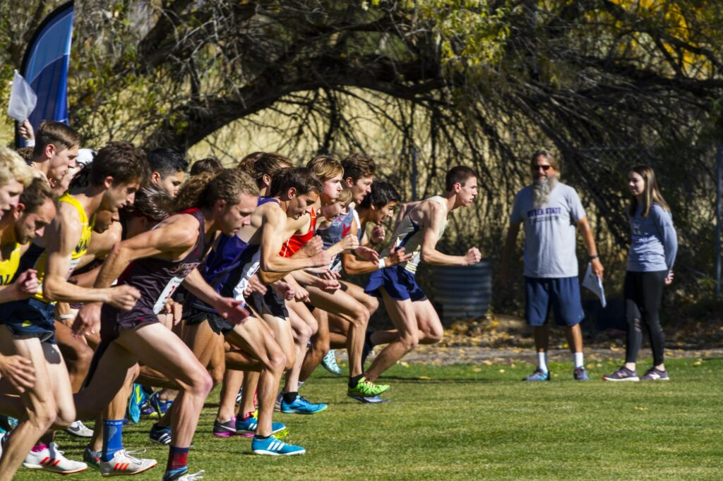 Starting the race for the Big Sky Cross Country Championships. (Sara Parker / The Signpost)