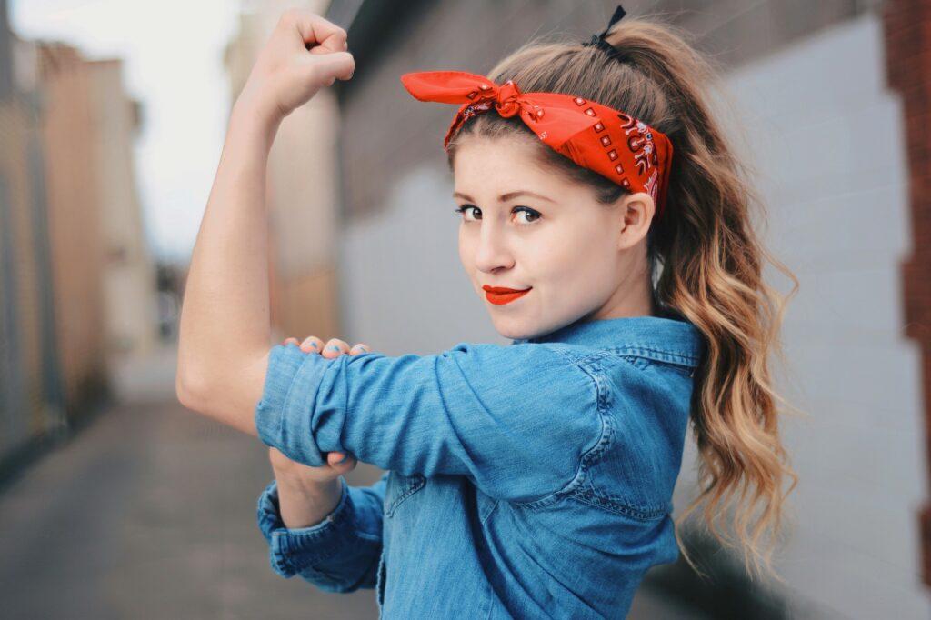Madison Haug channels her inner Rosie The Riveter energy, Sunday, Mar. 14, 2021, in Ogden, Utah. (Brooklynn Kilgore/The Signpost)