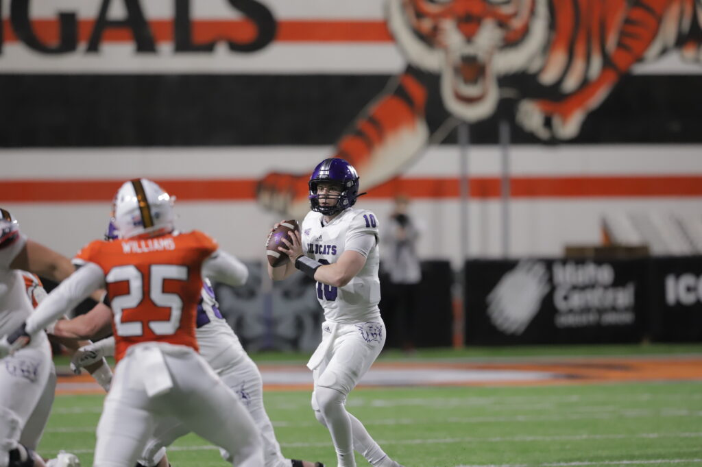 The Wildcat defense forced another ISU punt, which set the offense up near midfield.