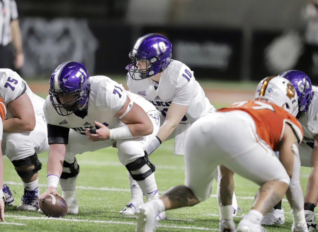 After a fifteen-month gridiron hiatus, Weber State pounced into action against the Idaho State Bengals in Pocatello.
