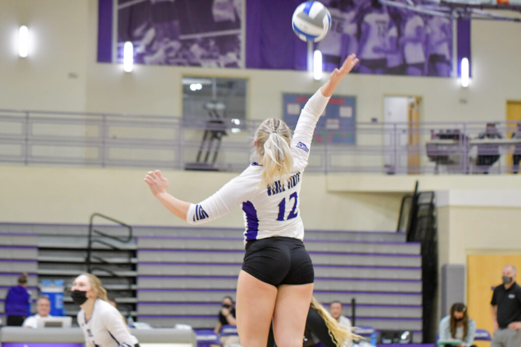 Weber State University's Dani Nay with a huge play in Saturday's game, which resulted in a win for WSU. Weber State is on a 10-game winning streak since the season began, breaking the previous record made in 2016 . Nikki Dorber / The Signpost