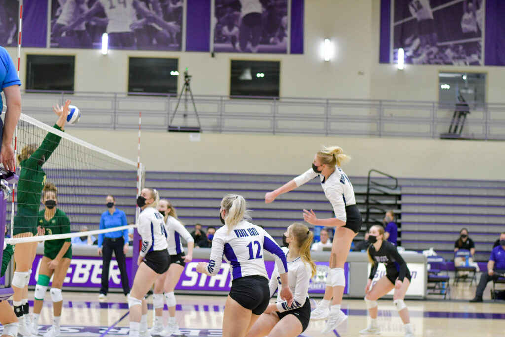 Weber State's Volleyball wins Saturday's game against Sacramento, breaking the previous record of 9 made in 2016.. These Wildcats work well as a team, anticipating each other's moves and knowing when to assist.