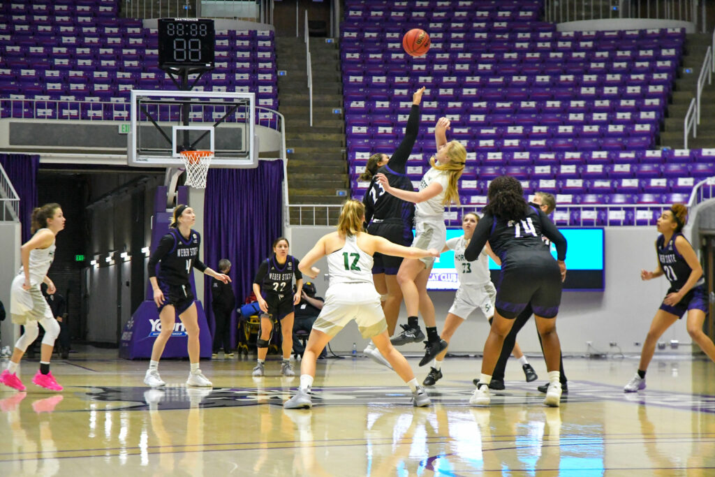 Tip off in OT for Weber State Women's Basketball team against Sacramento, which resulted in a win of 75-69 in Saturday's game. (Nikki Dorber/The Signpost)